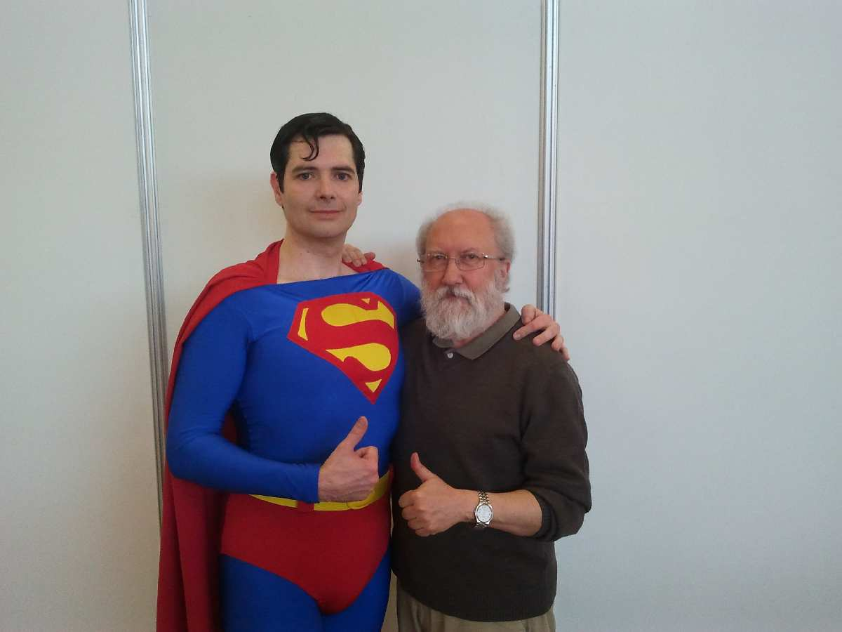 CONOCI A SUPERMAN
