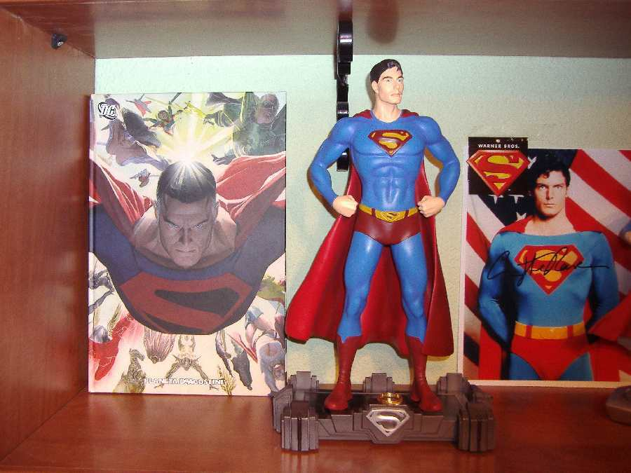 FIGURA DE SUPERMAN RETURNS