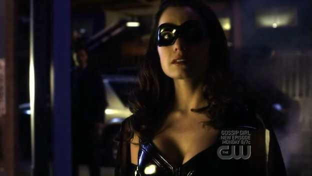 SMALLVILLE 8x19 STILETTO